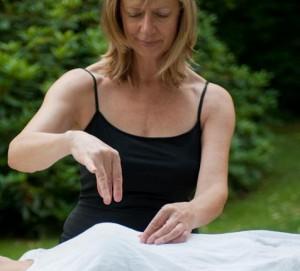 Il y a deux approches majeures dans le processus de guérison, l'approche intérieure et extérieure...